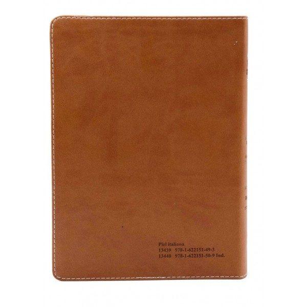 B. RVR1909 PIEL MARRON CLARO/OSCURO LETRA GRANDE